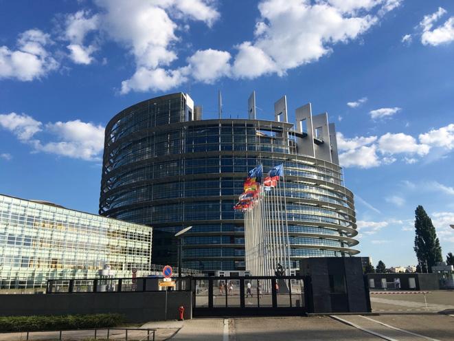 Ratunek dla Unii: wzmocnienie parlamentów narodowych