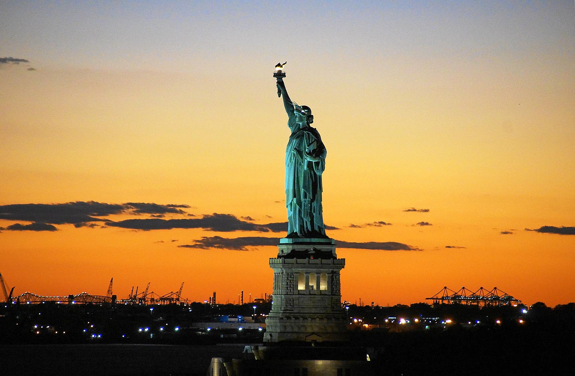 Statua Wolności - symbol liberalizmu gospodarczego i społecznego