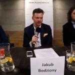 Salon Dyskusyjny NK: Jaka polityka mieszkaniowa dla młodych? – Sawulski, Sękowski [nagranie]