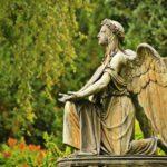 Śmierci nie ma, czyli warunkowanie tanatyczne doby COVID-19